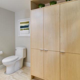 Modern basement bathroom renovation ottawa for Bathroom designs ottawa